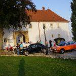 Treffpunkt vor dem Schloss Oberradkersburg