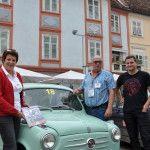 Götschl Gerhard und Ingrid im Steyr Daimler Puch Steyr Fiat 600